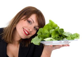 Salata (Lactuca sativa) stimuleaza digestia si elimina toxinele
