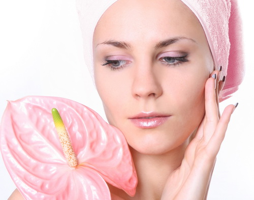 Tratamente naturiste pentru punctele negre de pe piele