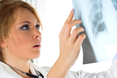 Tratamente pentru dispnee care ajuta pacientii cu respiratia grea